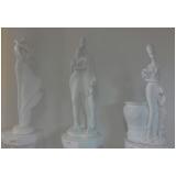 estátuas em gesso